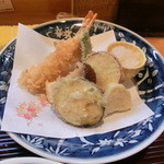 45741905 - 天ぷら野菜とエビ