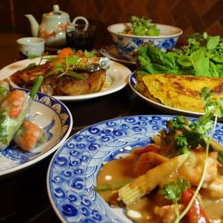 日本人向けの味に仕上げたベトナム料理