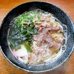 飯田屋 - 料理写真:肉うどん