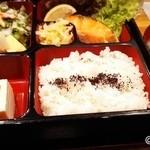 津和野 - 焼き魚定食(鮭)