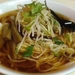 しら鳥 - ワンタン麺を頂きました。