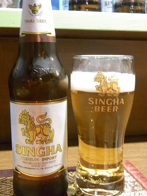 ジャスミン タイ - シンハービール¥600(税別)