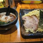○は - 濃厚鳥白湯つけ麺大盛り