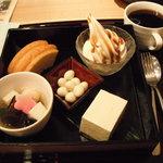 京乃とうふや 藤野 - とうふのお菓子箱