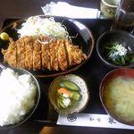泉屋 - 料理写真:とんかつ定食 1250円