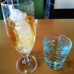 カフェいろはな - 輝くリンゴジュース。