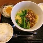 45760601 - 成都坦坦麺