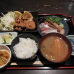 くつろぎや - くつろぎ定食¥850-