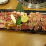 焼肉 門庭 - 極盛り:5,400円