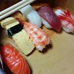 寿司政 - 料理写真:出前並寿司/27年12月