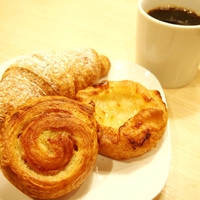 ポーズ カフェ - デニッシュ