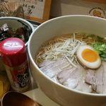 梟 - 料理写真:超さっぱり和風ラーメン・チャーシュー丼