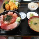 三洛 - マグロ丼