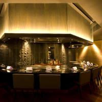 博多みやちく - 目の前で焼かれる至高の宮崎牛ステーキ