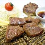 肉's Kitchen きたうち - ハーフ&ハーフ