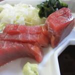 市場食堂 - メインのマグロの刺身