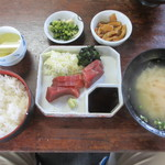 市場食堂 - さしみ定食 550円