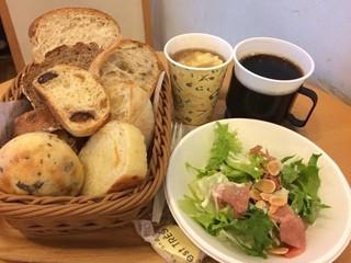 セ・トレボン キャナルシティ博多店 - パンランチ