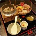 一服茶屋 花の木 - 料理写真:釜飯が選べるランチ  ¥1,080