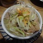 串屋横丁 - 煮込み:330円