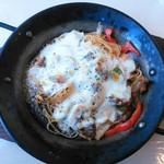 南欧風キッチン ロコ ジラフ - 料理写真:【2015.12】牛肉と野菜のグラタン風パスタ