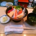 ぐるめ寿司 遠藤町店 - ちらし丼ランチ