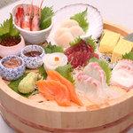 寿司 う月 - 刺身盛合せ(2~3人前)1980円(税抜)