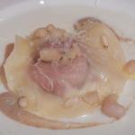 ダ イシザキ - 主菜 色んな濃厚チーズ、生ハム、オレンジのラビオリ