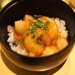 東郷 - 食事 (エビチリあんかけ御飯)