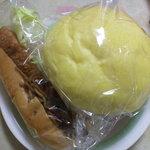 458337 - メロンパン&焼きそばパン