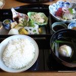 東荘 - ご飯
