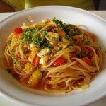 TRATTORIA 522 - ランチBコースのパスタ①は春野菜とトマトソースのパスタ