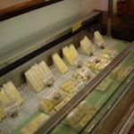 458838 - いかにも手作りっぽい素朴なサンドイッチ類も豊富