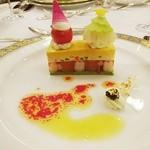 綱町三井倶楽部 - 2015お菓子仕立てのウニのムースキャビア添え