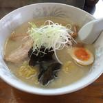 ラーメン笑福 - 料理写真:塩