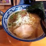 小樽らーめん 豆の木  - 料理写真:しょうゆラーメン