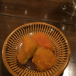 フジ ストア - お通しの南瓜の煮物