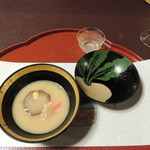 美濃吉 - お椀:海老芋と松葉麩