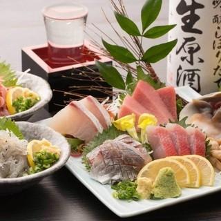 駿河湾の新鮮な素材を中心に。見た目にも美しい絶品寿司を堪能