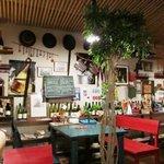 自然野菜と自然派ワインのお店 ばった屋 -