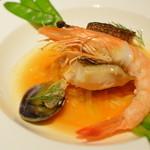 レストラン シンフォニー - 魚料理 アイナメ 天使の海老    アサリのブイヤベース仕立て    エストラゴン風味のオイル    パスタリゾーニ