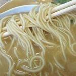 天天ノ有 - 「ラーメン」中細ストレート麺