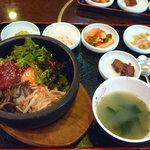 釜山カルビ - 石焼きビビンバ定食