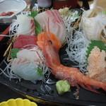 和食・寿し処 荒波 - お造りは七種盛り♪