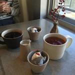 チャラン・ポラン - 紅茶と珈琲と黒胡麻豆乳プリン