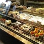 ケーキハウス ダルセーニョ - ケーキ