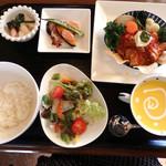 cafe restaurant マートル - よくばりランチ