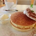 リーフ ティー カフェ ヒカリ - ティラミス風パンケーキ