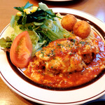 星さん家のハンバーグ - トマトとチーズの煮込み風ハンバーグ1.000円