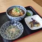 じゅんさいの館 - 秋田県三種町と言えば「じゅんさい」の生産量が日本一の土地。